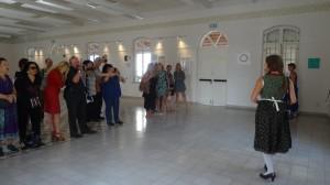 חלל אולם התצוגה והתאטרון מרכז נווה שכטר, 106il תרבות ופנאי מאת רות בורנשטיין