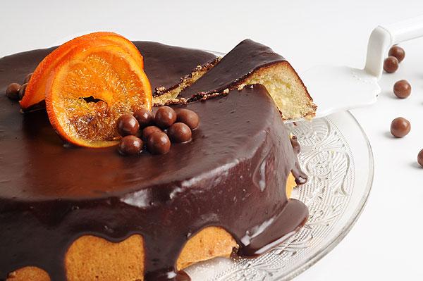 עוגת שוקולד תפוז בציפוי גנאש שוקולד, קרדיט יוליה זובריצקי