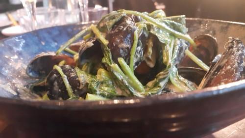 מולים, עשבי תיבול ברוטב אסייתי מולים, 106ILמסעדות בלייף סטייל