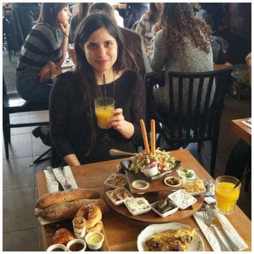 Port & Blue להיות בנופש ולהרגיש שלוות בית, 106il תיירות- ארוחת בוקר בקפה נמרוד נמל תל אביב יפו
