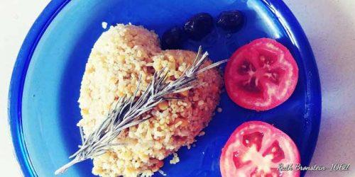מתכון טבעוני ואורגני: מג'דרה קינואה בתוספת ירקות בחמש דקות.